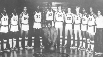 Fairview High School's 1974 varsity basketball team. The year before, the squad was all white. Collection of Mike Emoff.
