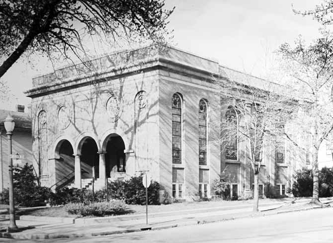 Temple Sholom's first building, at South Fountain Avenue, which it occupied from 1918 to 1959. Photo: Temple Sholom