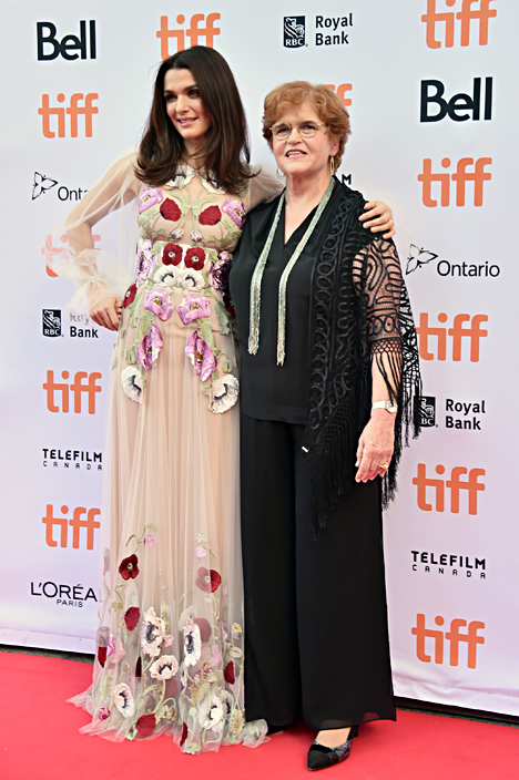Deborah Lipstadt (R) with Rachel Weisz at the 2016 Toronto Film Festival. Photo by Alberto E. Rodriguez/Getty Images.