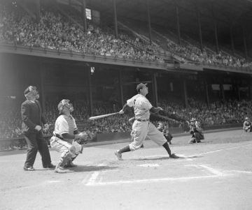 Hank Greenberg hits a third inning homer against the Philadelphia Phillies, April 29, 1947. Bettmann/CORBIS