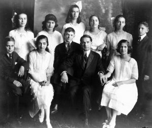 Rabbi David Lefkowitz with Temple Israel's 1920 confirmation class, including his daughter, Helen (R). Lefkowitz founded the Jewish Federation in 1910. Photo: Temple Israel.