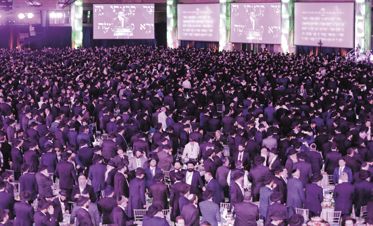 Dancing with 4,700 Chabad rabbis - The Dayton Jewish Observer